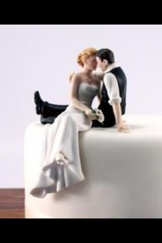Wedding topper....I want this !!