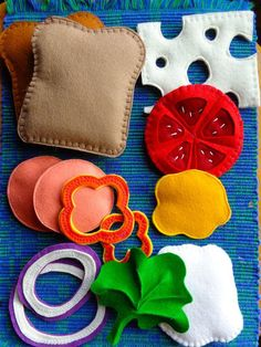 Creative Halloween Costumes - The Best Way To Be Artistic Over A Budget Wool Felt Food Sandwich - Stackable Veggie Sandwich 13 Pce Dagwood Play Food Sandwich Sewing Toys, Sewing Crafts, Sewing Projects, Sewing Ideas, Felt Projects, Photo Projects, Sewing For Kids, Diy For Kids, Crafts For Kids