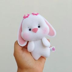 1 million+ Stunning Free Images to Use Anywhere Felt Animal Patterns, Felt Crafts Patterns, Stuffed Animal Patterns, Doll Patterns, Felt Fabric, Fabric Dolls, Sewing For Kids, Diy For Kids, Cutest Bunny Ever