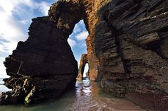 Playa de las Catedrales (Lugo, Galicia) Beautiful Places, Spain, Around The Worlds, Beach, Nature, Travel, Origins, Trips, Natural Swimming Pools