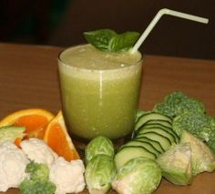 Are you juicing for weight loss? Recipes and tips to reduce water retention. My Best juice recipes for weight loss. Fruit and vegetables for water retention