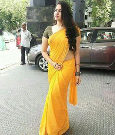 Indian Desi beauties – Indian Desi Beauty – Indian Beautiful Girls and Ladies Beautiful Girl Indian, Most Beautiful Indian Actress, Beautiful Saree, Indian Beauty Saree, Indian Sarees, Saree Dress, Sari, Saree Blouse, Lehenga Gown