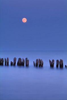 Full moon shine - Ontario, Canada #GILOVEONTARIO