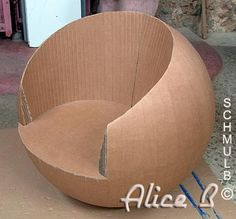 57 Ideas diy furniture cardboard chairs for 2019 Cardboard Chair, Diy Cardboard Furniture, Cardboard Design, Paper Furniture, Cardboard Paper, Cardboard Crafts, Barbie Furniture, Furniture Ideas, Diy Furniture Nightstand
