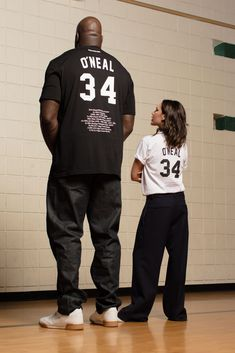 Chose today not to wear heels?? #ShaquilleO'Neal #ReebokxVictoriaBeckham