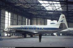 Vickers Viscount 749 (YV-C-AMX, c/n 095) of Aeropostal at East Midlands Airport, UK in Jun 1971.