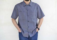 Τα κατάφερα! Έραψα το πρώτο μου πουκάμισο! Την εύκολη εκδοχή του βέβαια, αλλά δεν έχει σημασία, εγώ έραψα πουκάμισο!!! :D Μου πήρε αρκετό χρόνο για δύο λόγους: πρώτον γιατί ταυτόχρονα έραβα και άλλ… New Look, Sewing Patterns, Button Down Shirt, Men Casual, Mens Tops, Shirts, Posts, Blog, Fashion