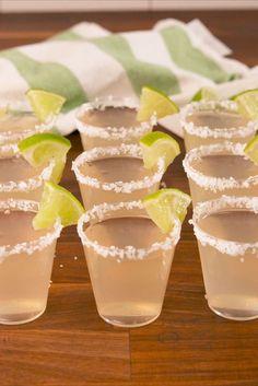 You'll make these margarita jello shots ALL summer. You'll make these margarita jello shots ALL summer. Summer Drinks, Cocktail Drinks, Cocktail Recipes, Vodka Cocktails, Jello Shot Recipes, Alcohol Drink Recipes, Margarita Recipes, Recipe For Jello Shots, Jello Shooters Recipe