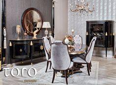 Culorile aurii confera o nota luxoasa, de originalitate si stralucire oricarui spatiu.  Combinate cu culorile inchise ale mobilierului, catifeaua scaunelor in nuante de gri perlat si liniile drepte ale pieselor inspirate din stilul anilor 20, dau diningului Elis o atmosfera vintage si o caldura aparte. #TORO Design Oversized Mirror, Dining Chairs, Furniture, Home Decor, Design, Vintage, Homemade Home Decor, Home Furnishings