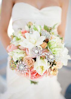 Stylish Bridal Bouquets   Weddings Romantique