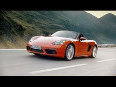 The new 718 Boxster. For the sport of it.