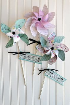Craft it Monday with Aly Dosdall - Pinwheel Party invites! Party Box, Scrapbook Paper Crafts, Scrapbook Cards, Diy And Crafts, Crafts For Kids, Curious George Party, Magazine Crafts, Scrapbook Embellishments, Fun Activities For Kids