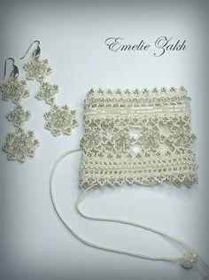 Beige beaded cuff - bracelet and earrings with beaded flowers… Beaded Cuff Bracelet, Crochet Bracelet, Crochet Earrings, Thread Crochet, Hand Crochet, Crochet Lace, Crochet Jewelry Patterns, Crochet Accessories, Beaded Flowers