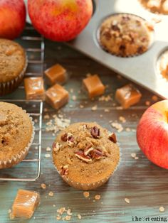 Caramel Apple Muffin Recipe   http://www.ihearteating.com   #breakfast #fall