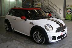 Mini Cooper S White Matte and Black Stripes - Foilacar™