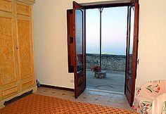 Ferienwohnung: Casa dei Fiori in Praiano - Zugang zur Meerblick-Terrasse. www.amalfi-ferien.de