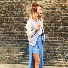 "31.6k Likes, 114 Comments - Caroline Receveur (@carolinereceveur) on Instagram: ""Today's Outfit ✌️"""