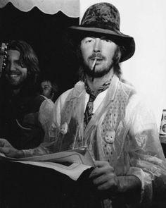 herspiritinthenight: Eric Clapton.