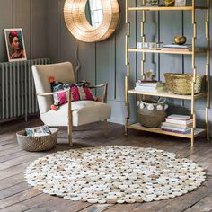 Dotty Round Cowhide Rugs