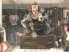 Pennywise by Tweeterhead @ SDCC Definitely going to get him!