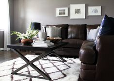 Beautiful abbyson living in Living Room Contemporary with Brown And Gray next to Grey Living Room alongside Brown Couch Gray Walls and Gray Walls Living Room Decor Grey Couch, Grey And Brown Living Room, Living Room Grey, Interior Design Living Room, Living Rooms, Interior Colors, Muebles Living, Brown Decor, Sofa Couch