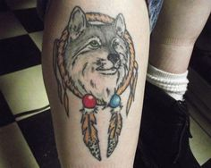 10 Meaningful Wolf Dreamcatcher Tattoo Designs Name Tattoos For Girls, Simple Tattoos For Guys, Unique Tattoos For Women, Unique Small Tattoo, Tribal Tattoos For Women, Small Tattoo Designs, Leg Tattoos Small, Wrist Tattoos For Guys, Ankle Tattoo Small