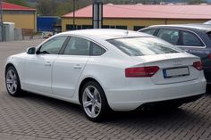 10+  Audi A5 Sportback pictures