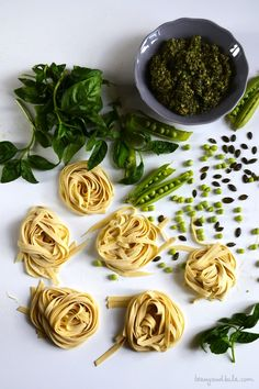 Fresh Pasta with Raw Pea Pesto and pureed Pods / Tagliatelle con Pesto di Piselli Crudi e Crema di Baccelli