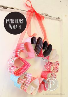 Paper Heart Wreath : This would be a fun, quick and easy {and inexpensive} class activity!