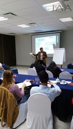 Sesionando en Morelia curso de Organización de Eventos Sociales  #institutoiaa #emprendeiaa  #lovewhatyoudo