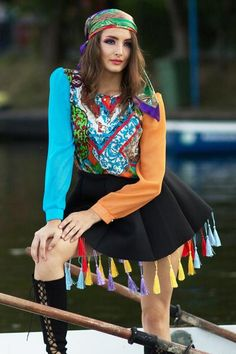 Black flared skirt with colourful tasselsUnlined scuba fabricElastic waistbandRegular fit - true to sizeRaw-cut hemColourful silky tassels trim Chic Outfits, Summer Outfits, Fashion Outfits, Summer Dresses, Black Flare Skirt, Flared Skirt, Scuba Fabric, Kites, Party Looks