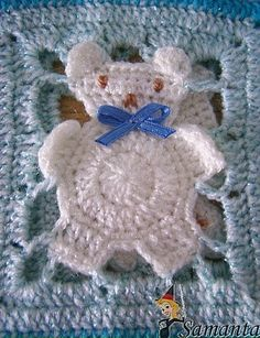 Teddy bear crochet afghan - free diagram   Granny square with a difference! You will have to scroll down more than half way to find this; there is a similar block with bunnies. On Plaisir at http://crochet-plaisir.over-blog.com/categorie-12333609.html