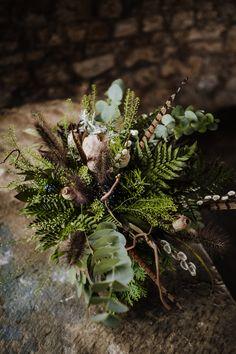 wedding favors for guests Moss Wedding Decor, Fern Wedding, Winter Wedding Flowers, Forest Wedding, Floral Wedding, Wedding Decorations, Wedding Ideas, Moss Green Wedding, Fern Bouquet