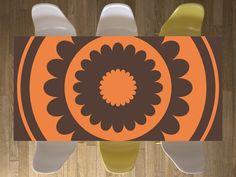Tisch im Retro-Style! Design: Ornament Dark 2 #retro #tisch #tischdecke #esstisch #couchtisch #ornament