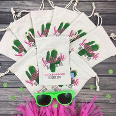 Planning a bachelorette party in Scottsdale, Arizona? Our adorable SCOTTSDALE BEFORE THE VEIL hangover favor bags are def a must have for your girls!