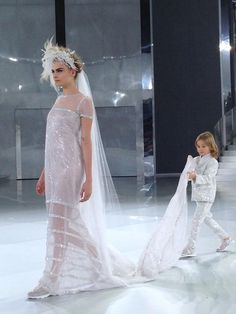 Cara Delevingne for Chanel Haute Couture9.jpeg