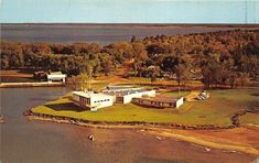 Victoria Harbour, Golf Courses