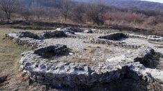 Dúbravka: Biele skaly a ich tajomstvá   Malí Výletníci Geocaching, Mountains, Nature, Travel, Naturaleza, Viajes, Destinations, Traveling, Trips