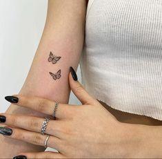 Simplistic Tattoos, Subtle Tattoos, Dope Tattoos, Pretty Tattoos, Tatoos, Small Tattoos, Tiny Heart Tattoos, Dainty Tattoos, Mini Tattoos