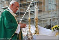 "Papa Francisco pidió ""protección internacional"" para miles de cristianos perseguidos en Irak - http://www.leanoticias.com/2014/08/07/papa-francisco-pidio-proteccion-internacional-para-miles-de-cristianos-perseguidos-en-irak/"