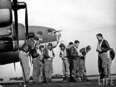 B-17 Flying Fortress and Crew