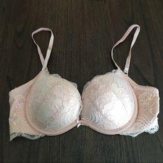 Victoria's Secret bra 34b only worn couple times - push up Victoria's Secret Intimates & Sleepwear Bras