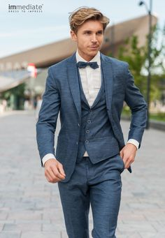 mens wedding suits for groom Tweed Wedding Suits, Blue Suit Wedding, Wedding Dress Men, Blue Wedding Dresses, Wedding Men, Wedding Attire, Blue Bridal, Wedding Groom, Summer Wedding