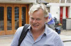 Martin Clunes becomes real-life Doc Martin - TV3 Xposé