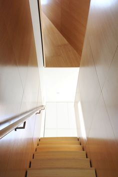 Jim Vlock Building Project by Yale School of Architecture Yale Architecture, Timber Panelling, Stair Steps, Construction, Simple Illustration, Intelligent Design, Affordable Housing, Sweet Home, Stairs