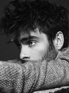 The gorgeous Jon Kortajarena, a hot Spanish male actor and model. More hot men Photography Poses For Men, Portrait Photography, Beard Model, Jon Kortajarena, Portraits, Zayn Malik, Attractive Men, Male Beauty, Male Models