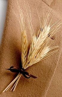 I really like the look of the wheat as decorations!  Especially for a fall country wedding