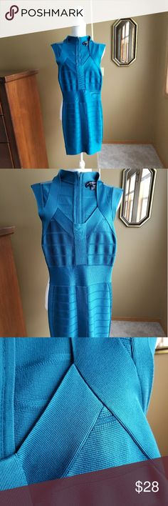 FRENCH CONNECTION dress sz 0 aqua blue This dress is very form fitting dress. Zipper back. Beautiful color and style. French Connection Dresses