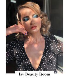 Isv Beauty Room added a new photo — at Isv Beauty Room. E Electric, Romanian Girls, Glowy Makeup, Retro Hairstyles, Feminine Fashion, Summer Beauty, Beauty Room, Green Eyes, Salons