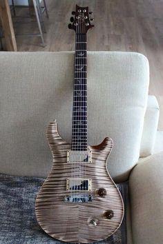 Guitar Diy, Prs Guitar, Cool Guitar, Acoustic Guitar, Guitar Room, Music Guitar, Banjo, Ukulele, Paul Reed Smith